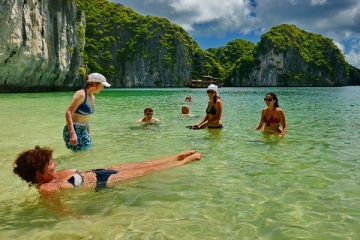 Cat Ba National Park - Lan Ha Bay - Halong Bay (Trekking - Cycling - Kayaking - Swimming)
