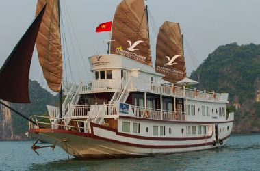 Flamingo Cruise Halong