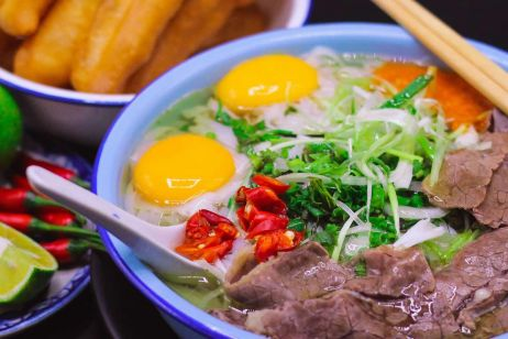 Hanoi local food – travelers must try while in Hanoi