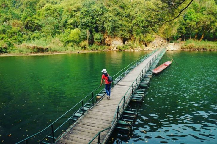 Join A Ba Be Lake Tour To Experience The True Heaven Of Vietnam