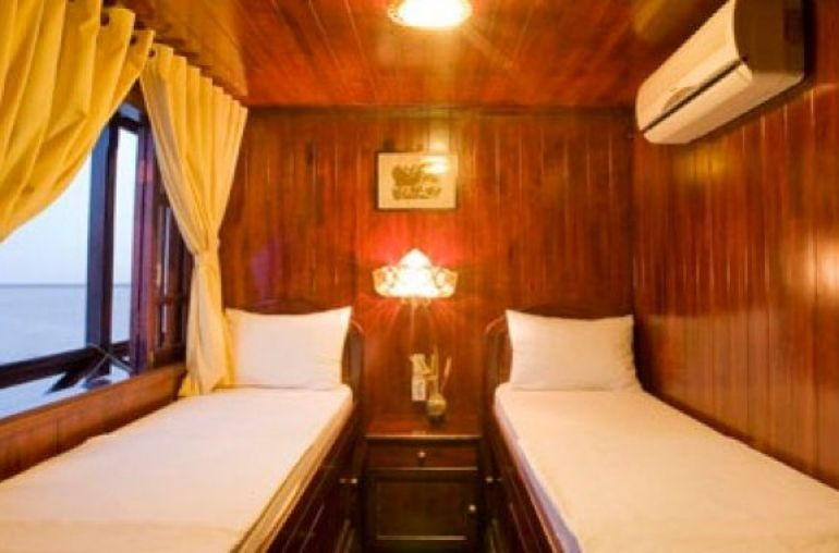 xmekong-emotion-cruise-deluxe-cabin.jpg.pagespeed.ic.S8M8WlSpu7_w766_h380_c1
