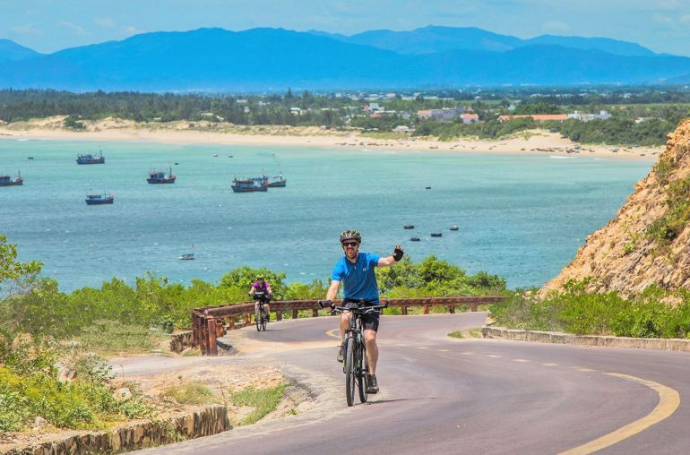 cycling-vietnam-bike-tour-masthead2