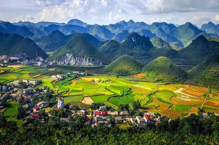 Quan Ba twin mountains Hagiang Vietnam