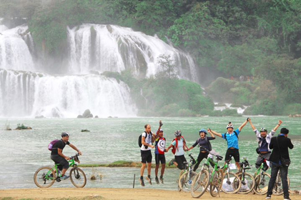 Best Vietnam biking tours