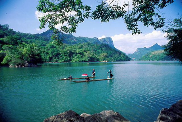Ba Be National park and Bac Son valley cycling tour