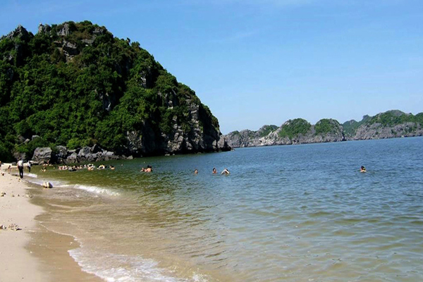 Ngoc Vung beach the most 7 charming beaches of Ha Long
