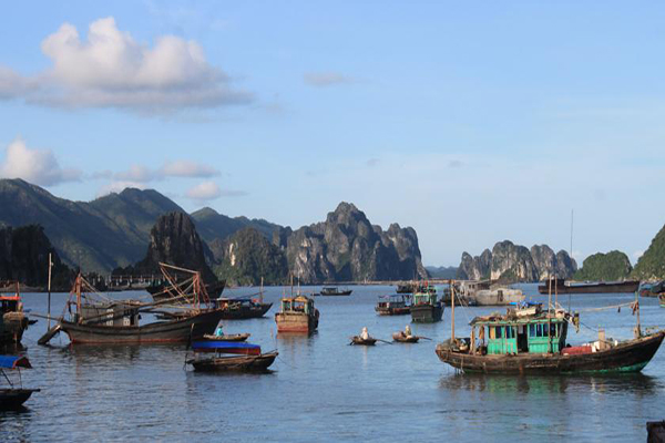 Minh Chau beach the most 7 charming beaches of Ha Long